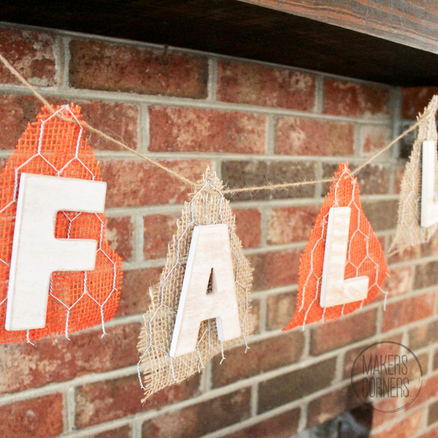 DIY: Fall Mantel Banner with Chicken Wire