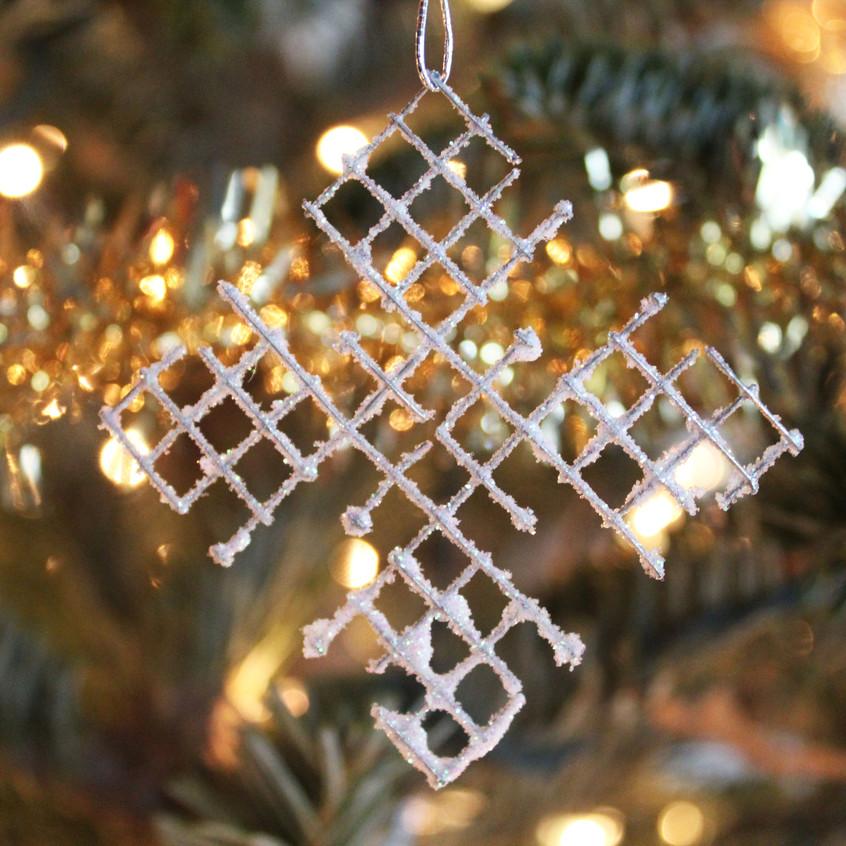 hardware-cloth-snowflake