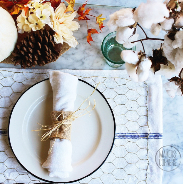 5 DIY Thanksgiving Decor Ideas Using Chicken Wire