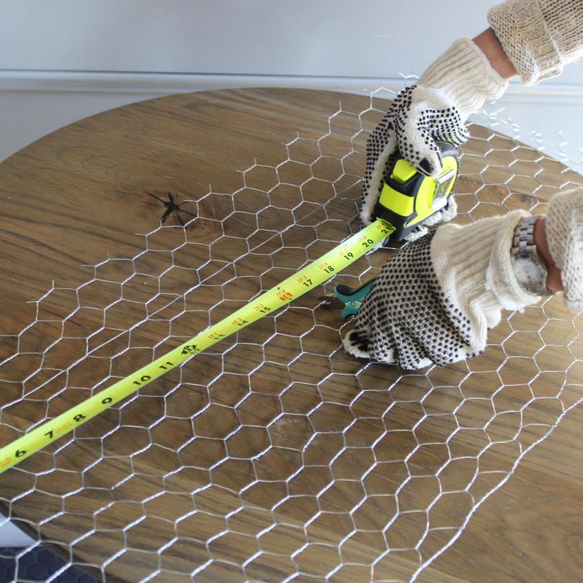 measuring-chicken-wire-2