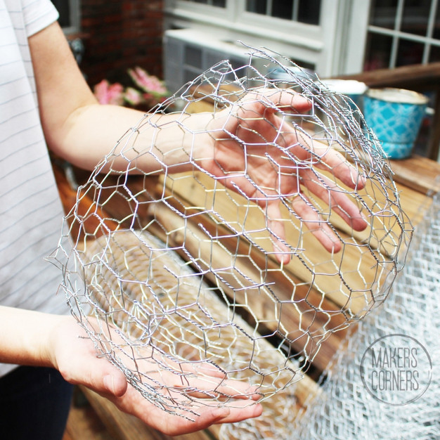 DIY: Chicken Wire Light Ball