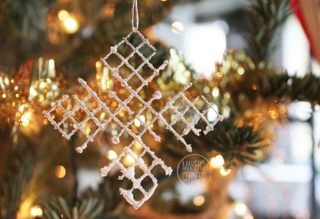 DIY: Snowflake Ornament Using Hardware Cloth