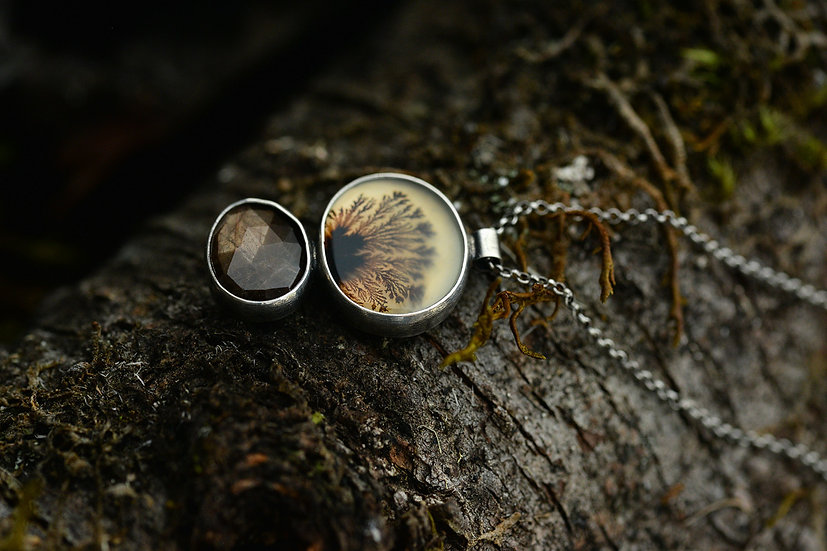 Dendritic Agate & Sapphire Necklace - Sterling Silver
