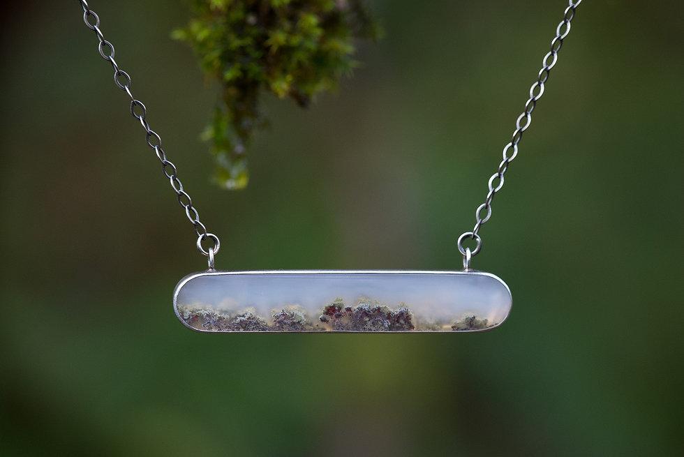 moss-agate-bar-necklace.jpg3.jpg