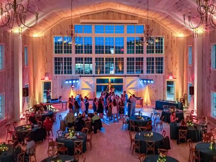 Wedding Dj Sieffstyle custom uplighting in Sioux Falls