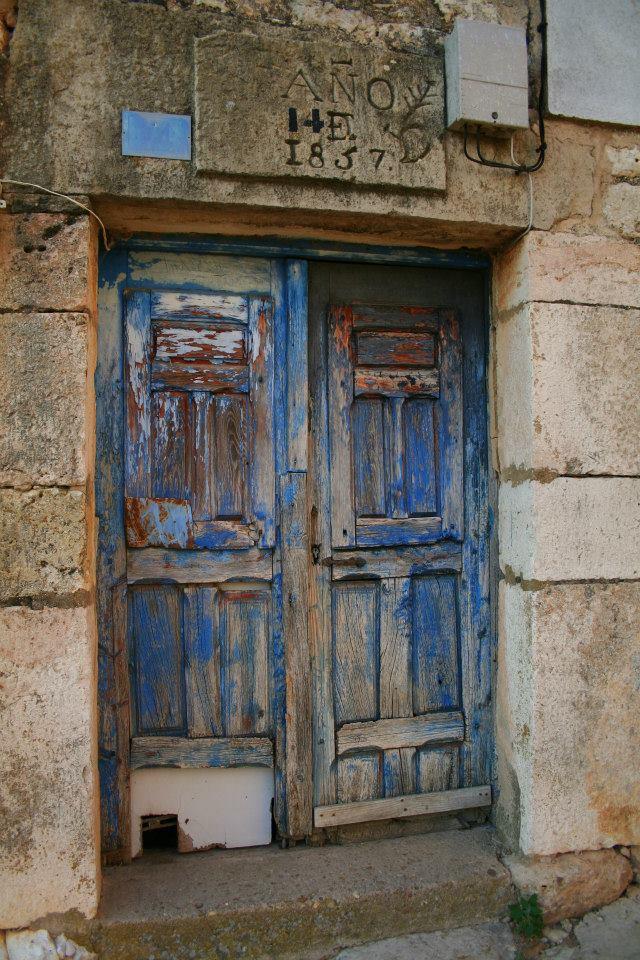 puerta azul antigua 11.jpg