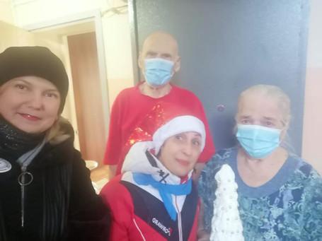 В Красноярске провели акцию добра «Рождественские подарки»