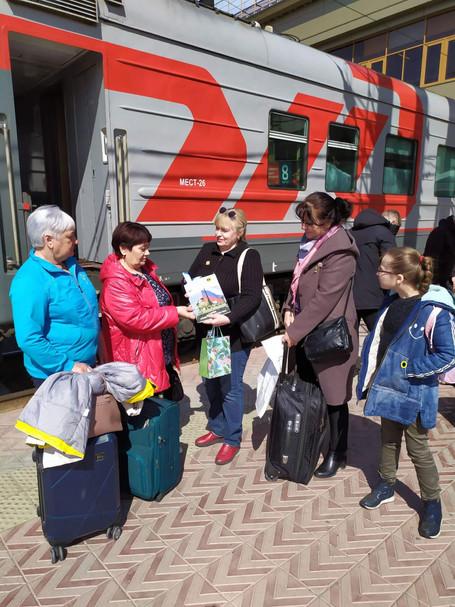 27 апреля поездом Санкт-Петербург - Челябинск вернулись члены семей погибших морпехов