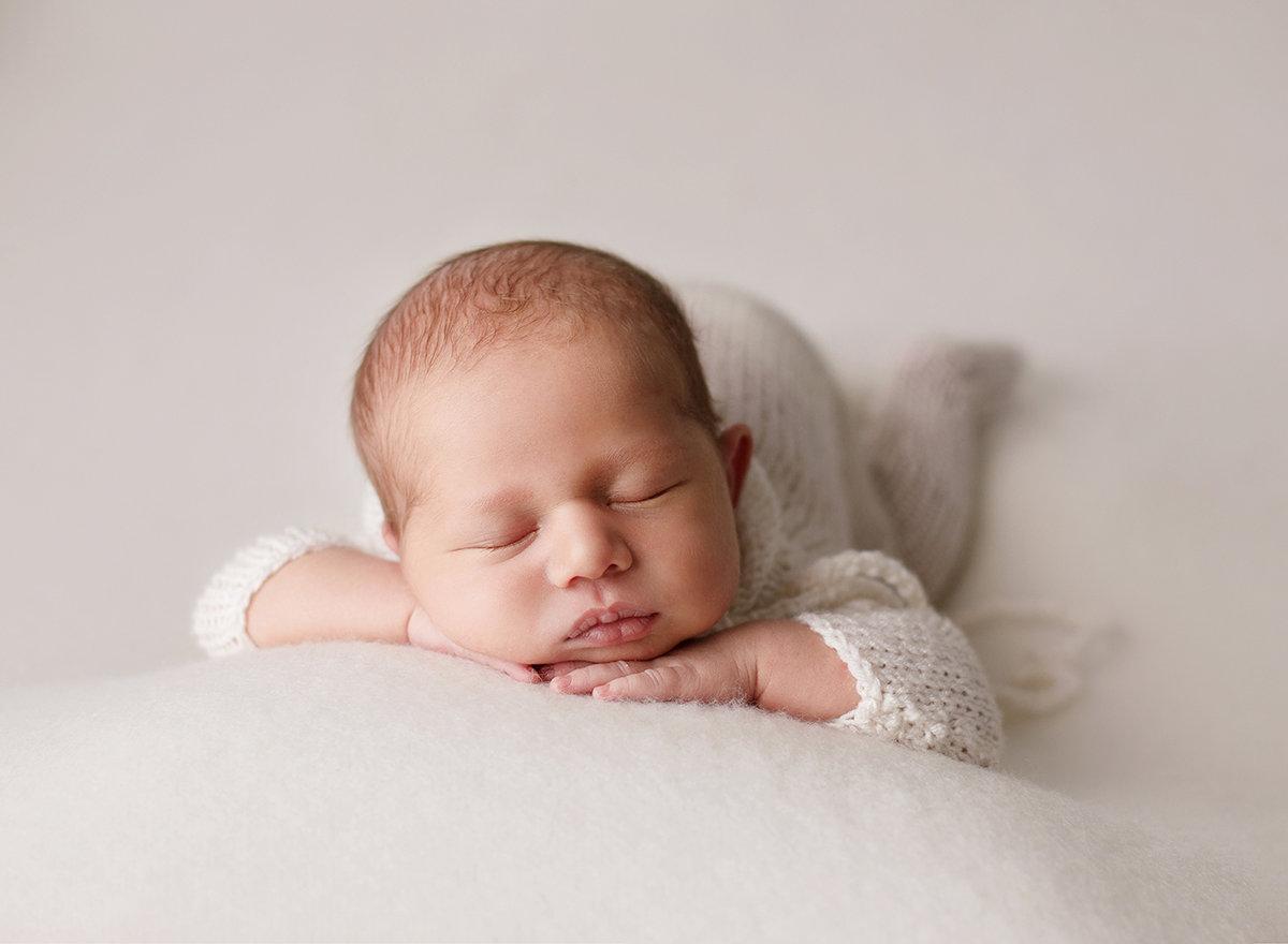newborn-photographer-aliso-viejo.jpg