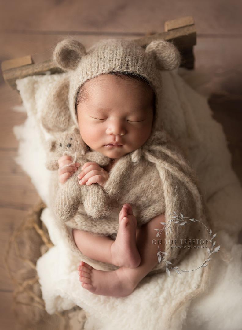 newborn-photographer-tiny-bear-aliso-vie