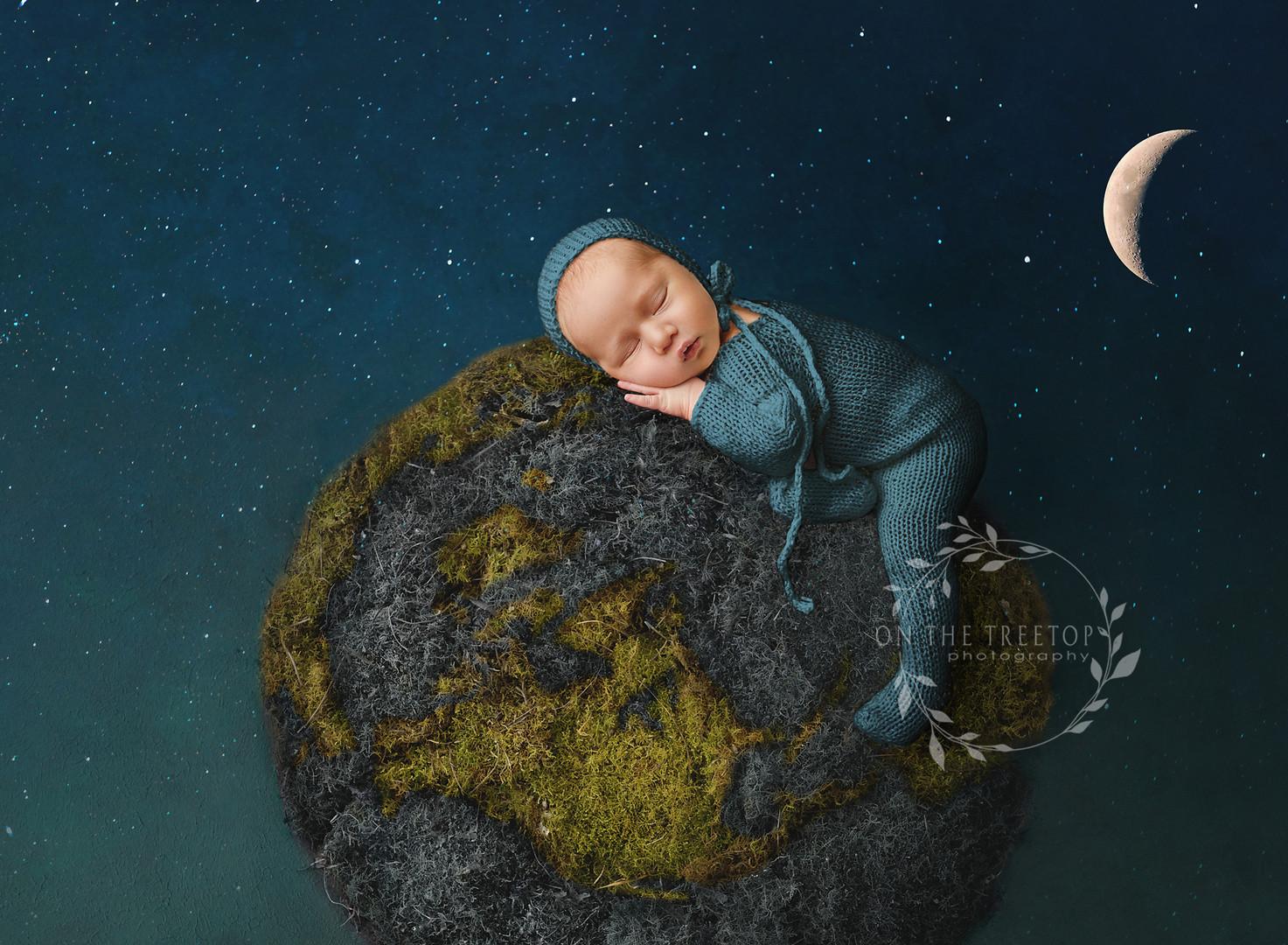 newborn-composite-photographyer-aliso-vi