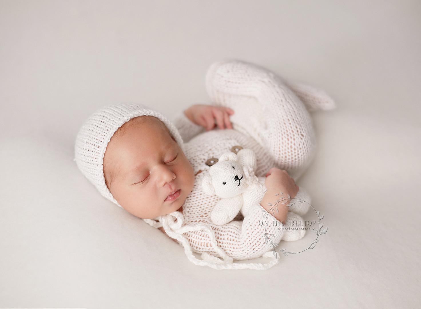 orange-county-tiny-bear-newborn-photogra