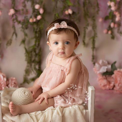 baby-girl-photographer-aliso-viejo.jpg