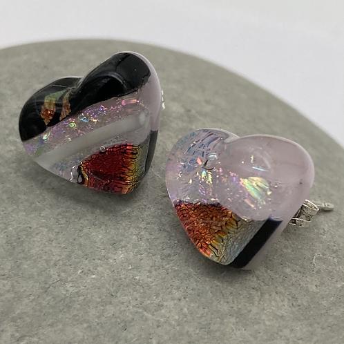 Stud heart earrings