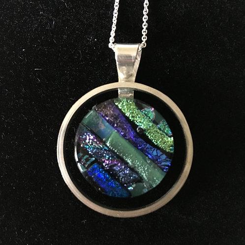 Circular mosaic pendant