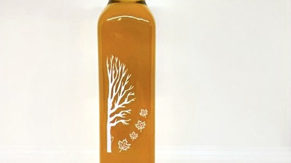 8.5 oz Maple syrup glass with printed tree