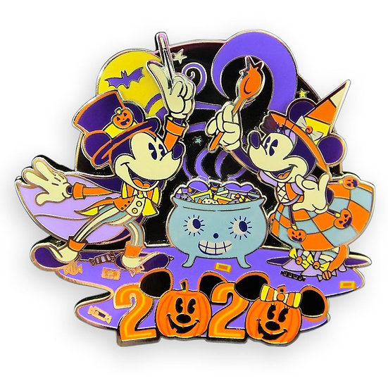 Mickey and Minnie Mouse Tricks and Treats Limited Edition Pin