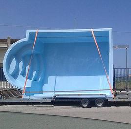 Trasporto piscine in vetroresina