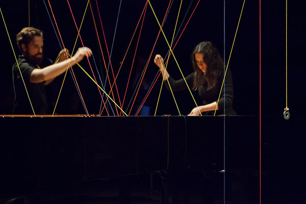 Performance Pianotissage_Philippe Lauzie