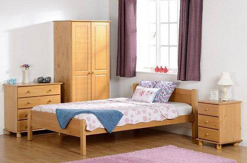 """Amber 4'6"""" Bed in Antique Pine"""