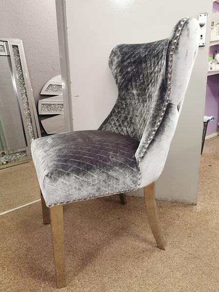 Lewis Chair Lion Knocker