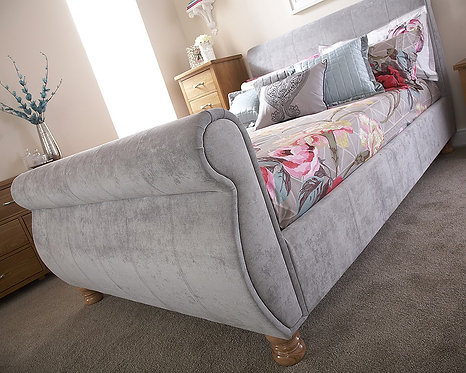 CHICAGO Fabric Sleigh Bedstead