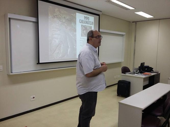 Homenagem ao cineasta e professor Valdir Baptista