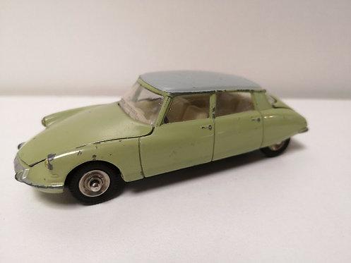 Dinky Toys n°530, Citroën DS19