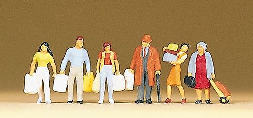 Preiser 10121 - Figurines, à la sortie des magasins HO