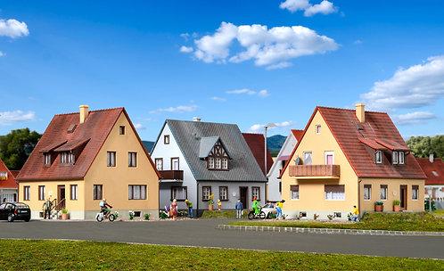 KIBRI 38995 Ensemble de 3 maisons d'habitation HO