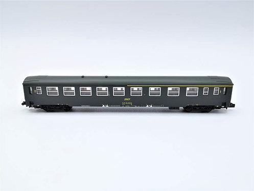 Voiture voyageurs SNCF - Dynam 143 échelle N