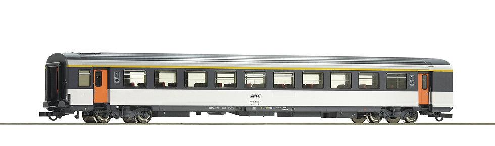 Voiture voyageurs Corail A10rtu 1ère Classe Roco 74531 HO SNCF