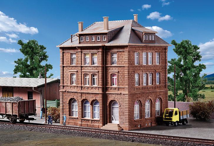 Maison d'exploitation ferroviaire avec led HO - Kibri 38199