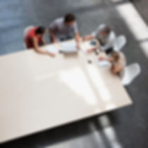 Besprechung mit den KMU Marketing Coaches