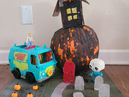 Decorating Pumpkins with Little Ones, Using Multiple Mediums