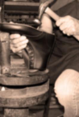 Fabricación calzado a mano