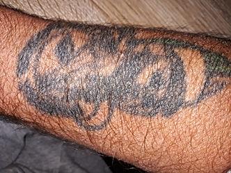 mon tatoo.jpg