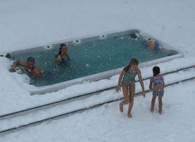 PowerPool Family in Snow 2.jpg