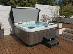 AW 171 - Cornish Hot Tubs.jpg