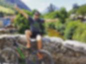 Chico en bici Senda del Oso