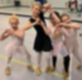Class fun littles ballet 2018_edited.jpg