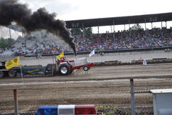 tractor pull up.jpeg