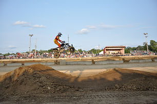 in air jump moto cross.jpeg