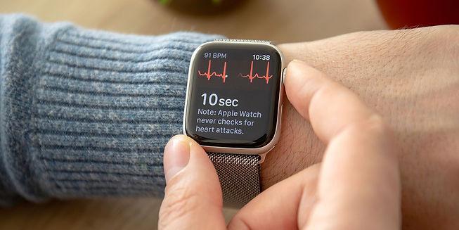 Apple-Watch-ECG.jpg
