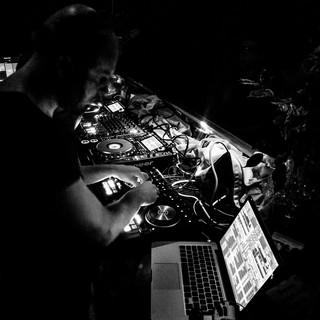 Sanmon in Studioclub Bern