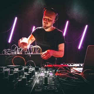 Sanmon live in Turnhalle Bern