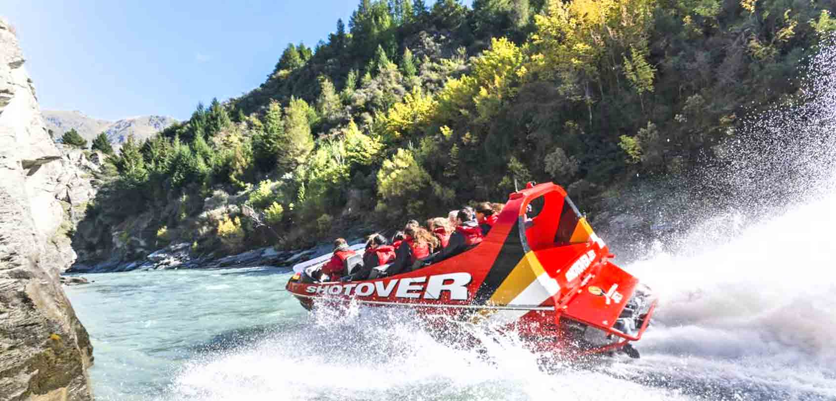 shotover-jet-boat-queenstown-new-zealand