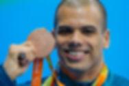 Andre Brasil, atleta de natação paralímpica. Atletas palestrantes. Palestras Motivacionais. Palestras com Atletas. Palestras com Andre Brasil.