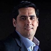 Flavio Augusto_edited.jpg