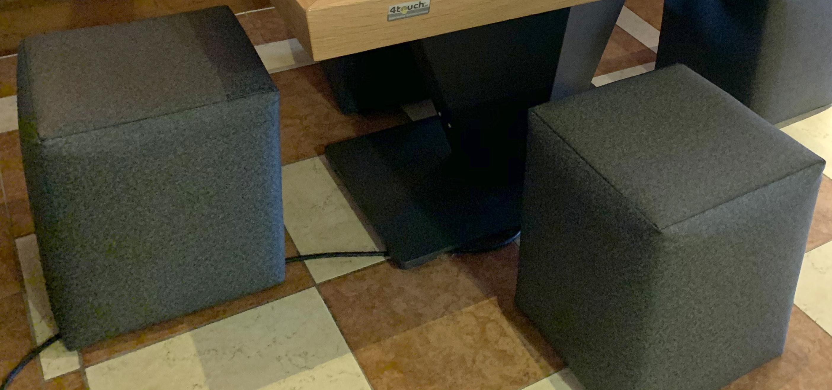 Sitzwürfel.jpg